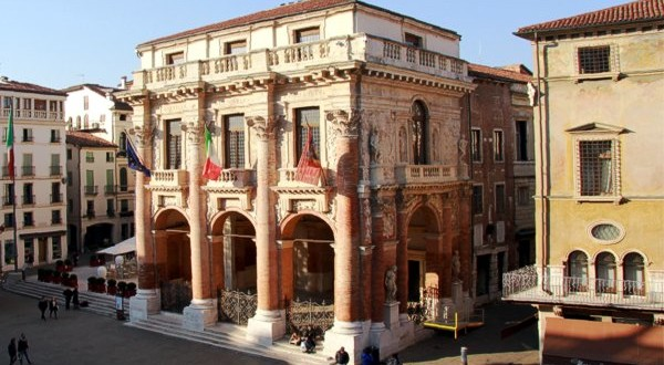 Il municipio di Vicenza