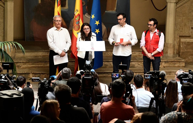 Conferenza stampa del sindaco di Valencia Joan Ribo con la vicepresidente della regione Monica Orta e un membro della Croce rossa