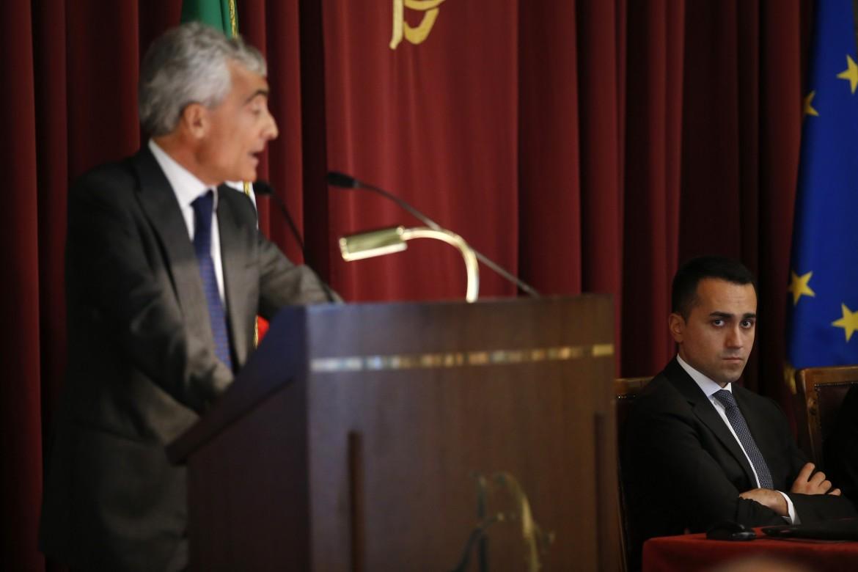 Il presidente dell'Inps Tito Boeri e il vicepremier Luigi Di Maio