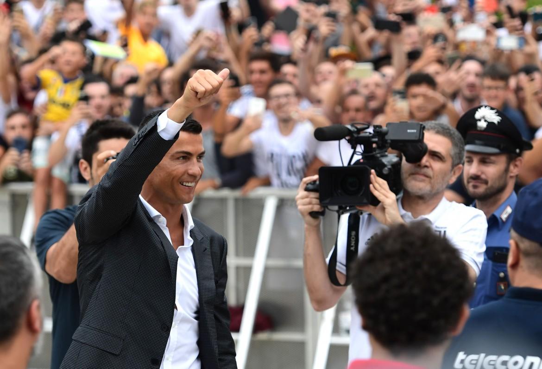 Cristiano Ronaldo entra al J Medical