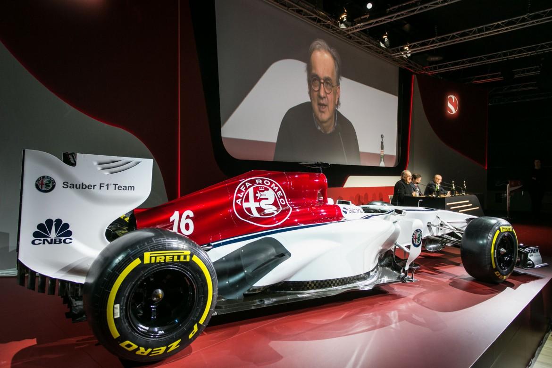 Presentazione a dicembre scorso della F1 Alfa Romeo Sauber ad Arese