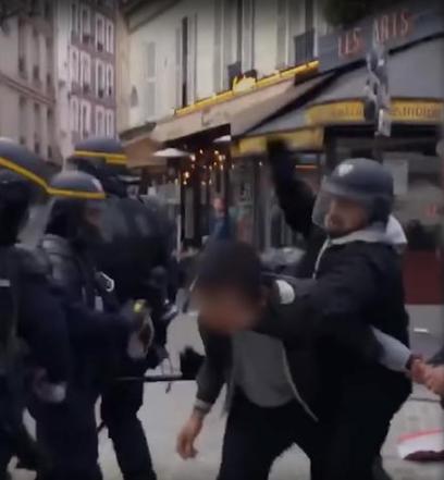 Il fermo immagine del video di Le Monde
