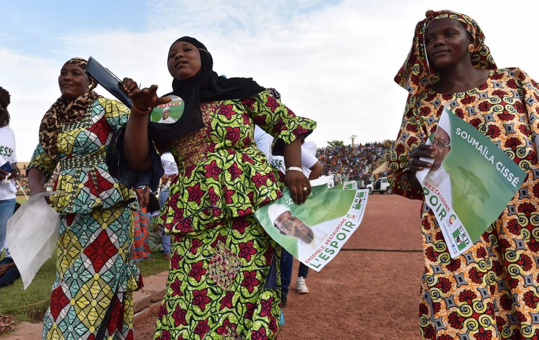 Sostenitrici del leader dell'opposizione maliana Soumaila Cisse