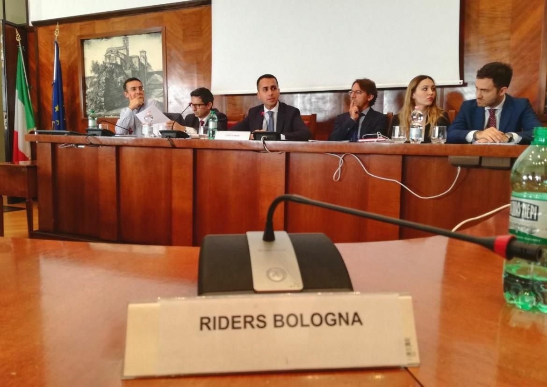 Un tavolo sul Salario minimo con una delegazione di rider con l'ex ministro del Lavoro Luigi Di Maio