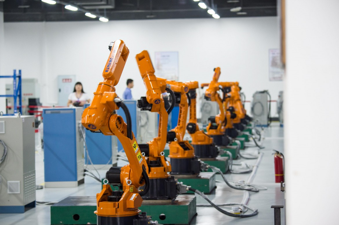 Robot industriali, al centro del piano «Made in China 2025» a Chongqing
