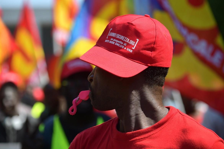 La marcia dei berretti rossi