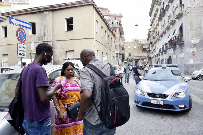 Napoli, il quartiere Vasto dopo  l'agressione a Cissè  Elhadji Diebel