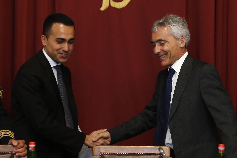 Il vicepremier Luigi Di Maio e il presidente dell'Inps Tito Boeri