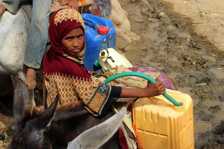 Sfollati yemeniti dalla città di Hodeidah