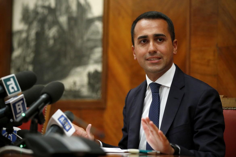 Il vicepremier Luigi Di Maio durante la conferenza stampa su Ilva