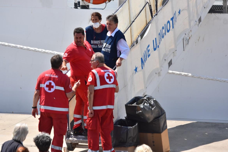 La Croce Rossa a bordo della Diciotti