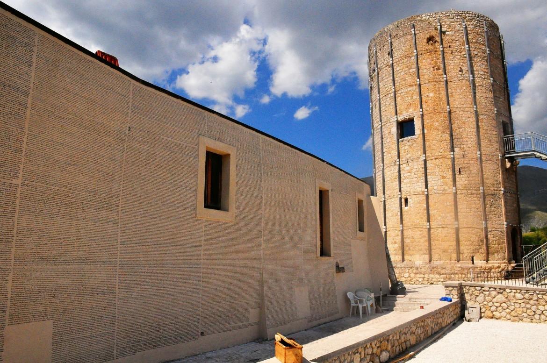 Il muro di Fontamara