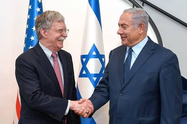 John Bolton e Benyamin Netanyahu