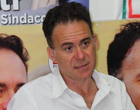 il nuovo sindaco leghista di Pisa Michele Conti