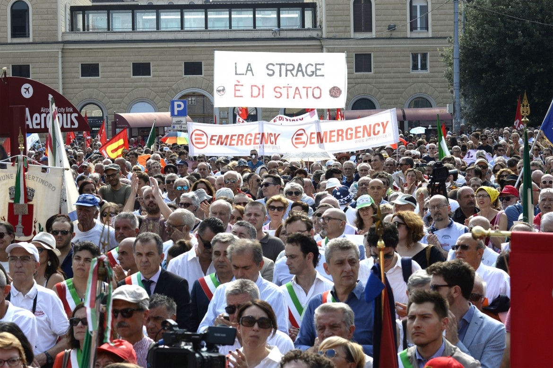 Ieri, alla commemorazione della strage di Bologna