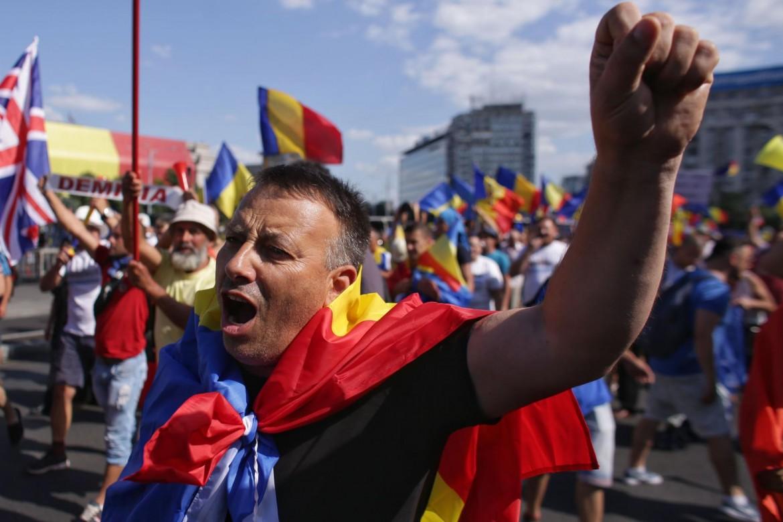 Bucarest, la diaspora in piazza