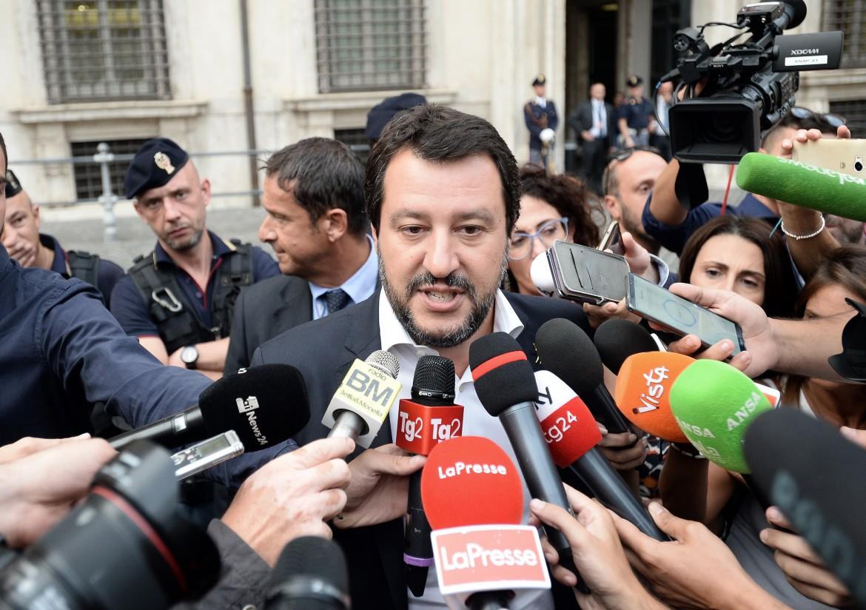 Matteo Salvini all'uscita dal vertice di governo sulla Libia