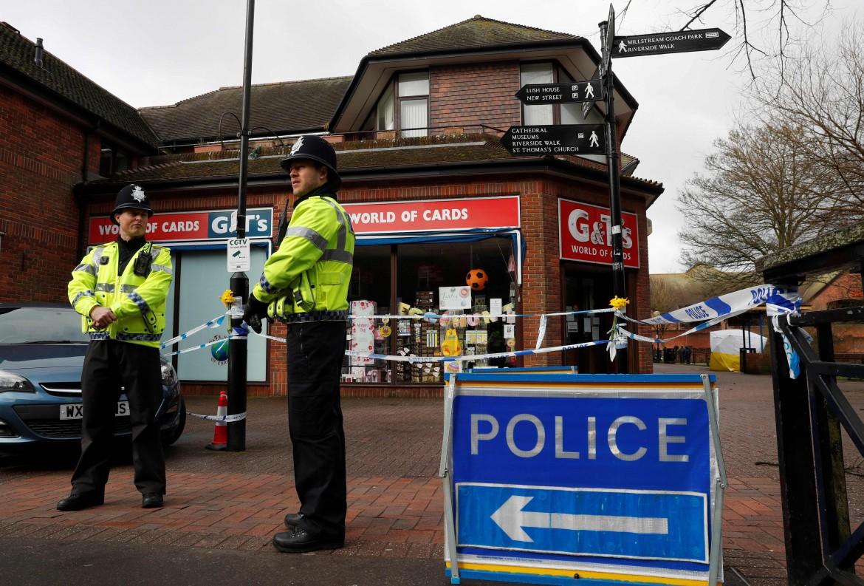 Salisbury, 12 marzo scorso, prime indagini di polizia sul luogo dell'avvelenamento di Sergei Skripal e della figlia Yulia