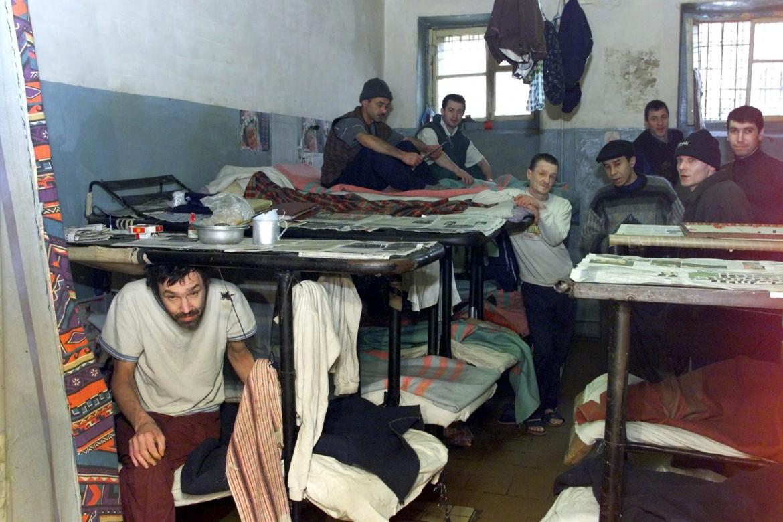 L'interno di una cella del carcere russo di Kochubeyevskoy