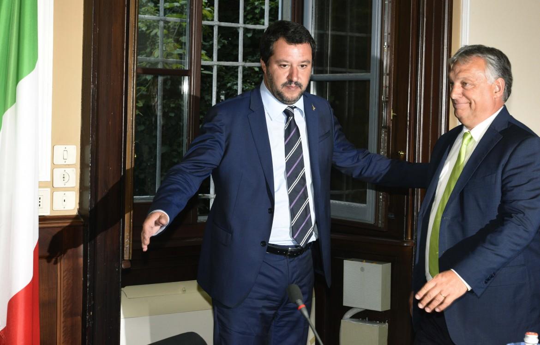 Orbán con Salvini in un'immagine di repertorio