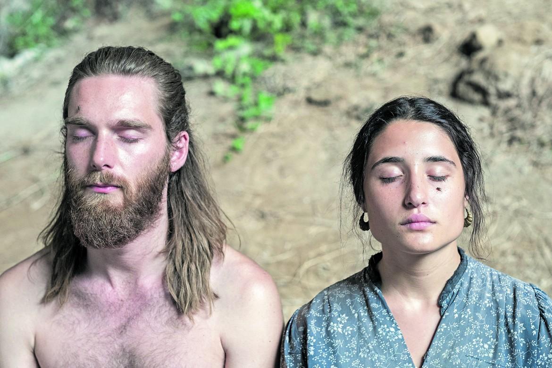 Marianna Fontana e Reinout Scholten in «Capri-Revolution» di Mario Martone