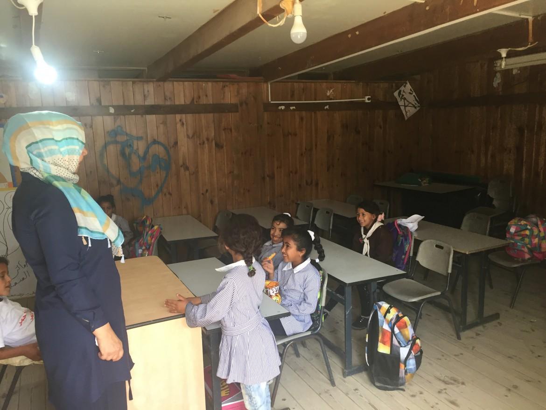 Khan al Ahmar. Un'aula della Scuola di Gomme