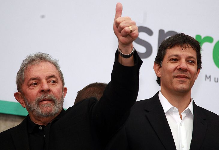 Lula insieme a Fernando Haddad