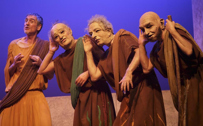 La Pace di Aristofane, adattamento e regia  di Vincenzo Zingaro, Compagnia Castalia, 2013