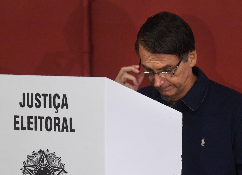 Jair Bolsonaro al voto