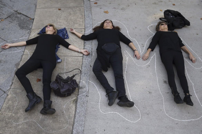 Azione contro i femminicidi