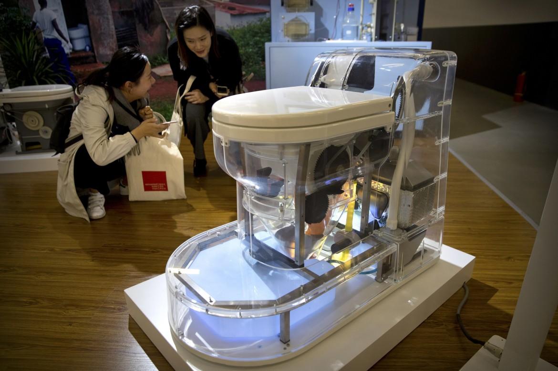 La Nano Membrane Toilet esposta a Pechino