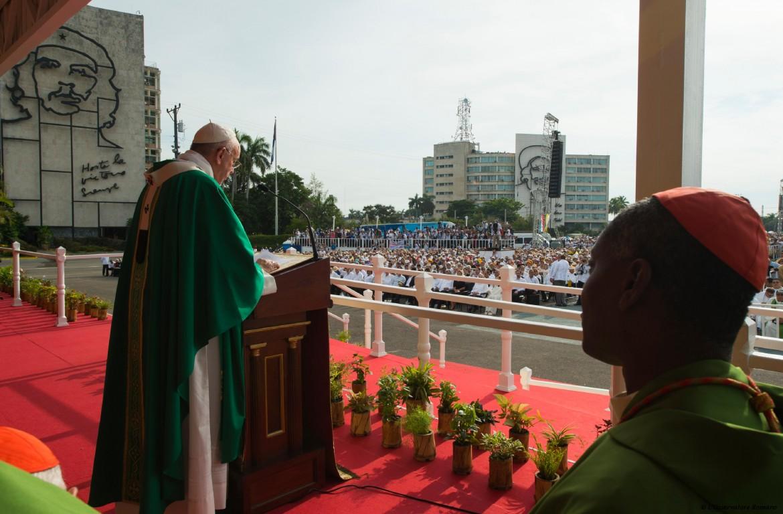 20 settembre 2015, papa Francesco celebra la santa messa nella Plaza de la Revolución a L'Avana