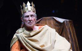 Enrico IV gioco al massacro di una apparente follia