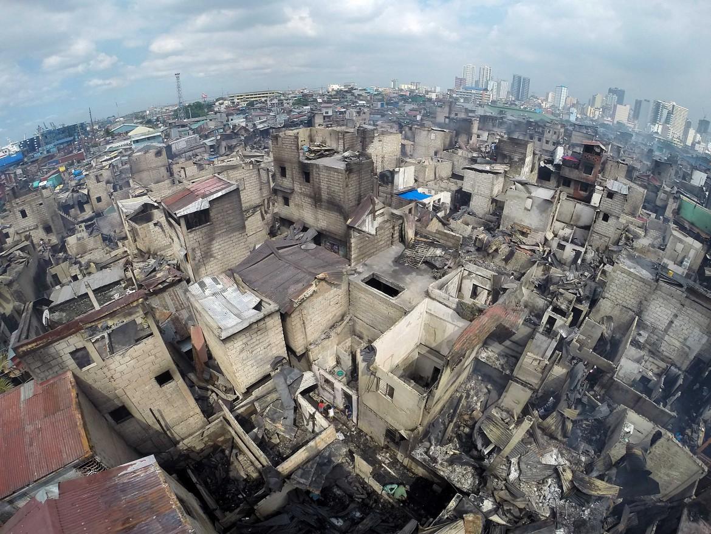 Manila, baraccopoli distrutta da un incendio