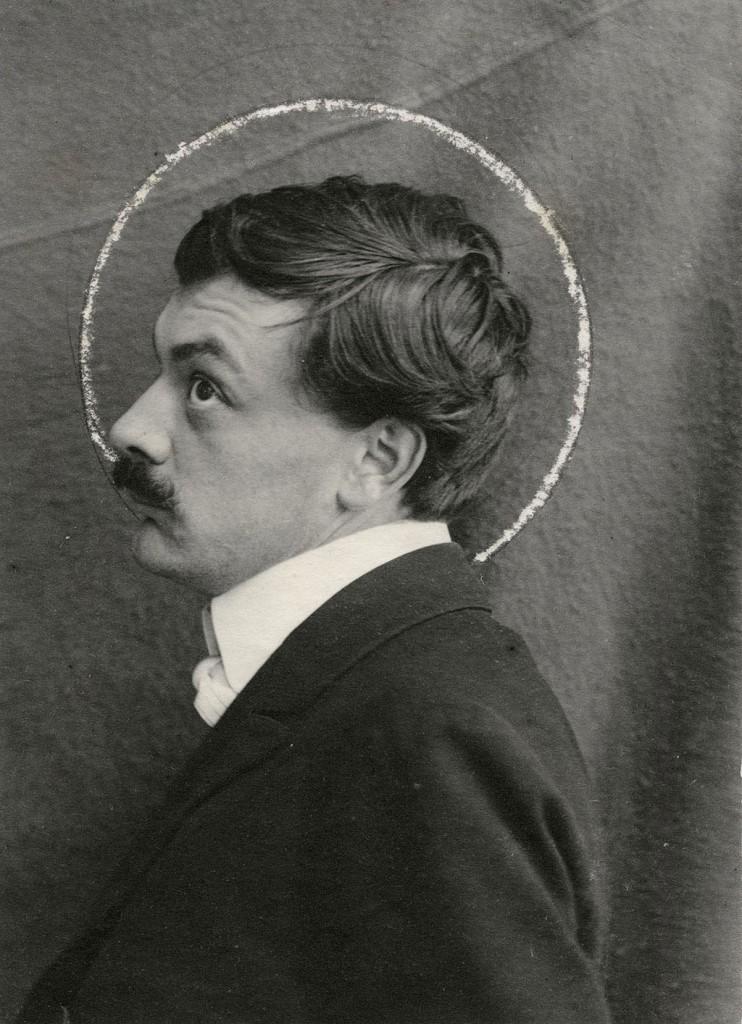 Un ritratto fotografico anonimo di Kolo Moser, ca. 1903.