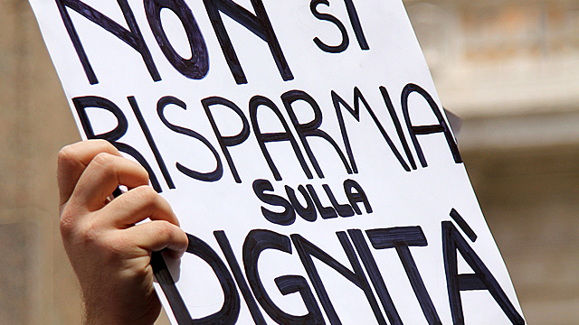 Una manifestazione in difesa del lavoro
