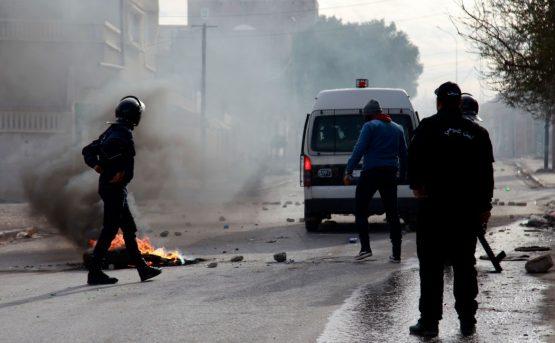 La Tunisia disperata ma Rzouga non si ucciso