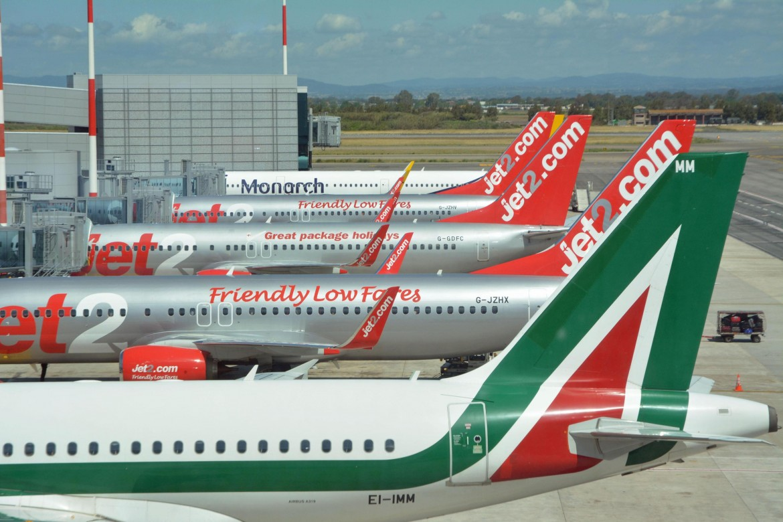 Un velivolo Alitalia parcheggiato