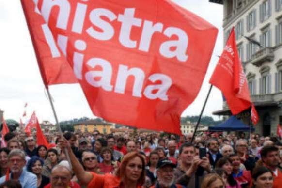 Una manifestazione di Sinistra Italiana