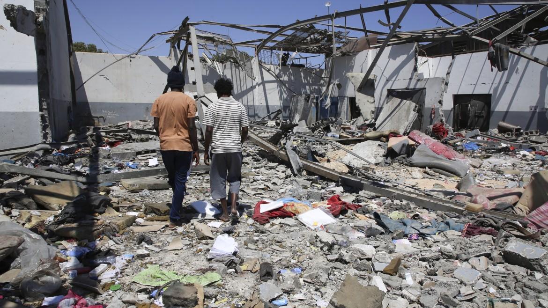 Il centro di detenzione di Tajoura, bombardato a inizio luglio