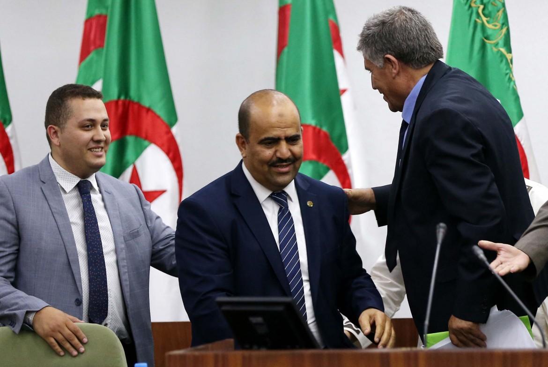 Il neo eletto speaker del parlamento algerino, Slimane Chenine