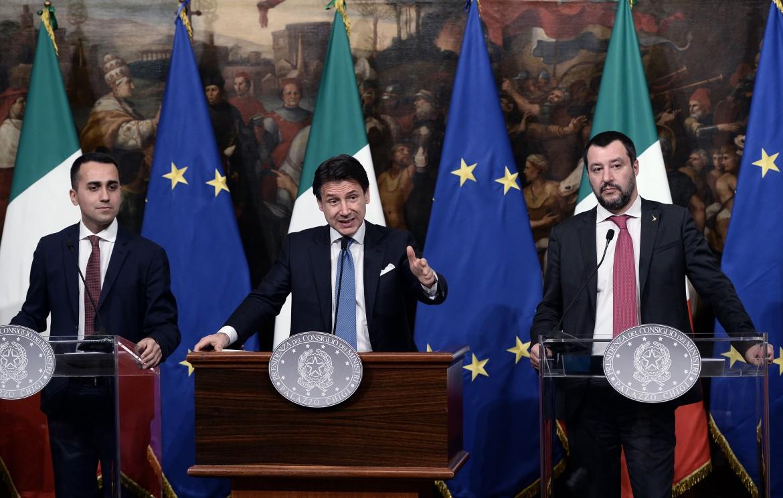 Il premier Giuseppe Conte e i vice Di Maio e Salvini