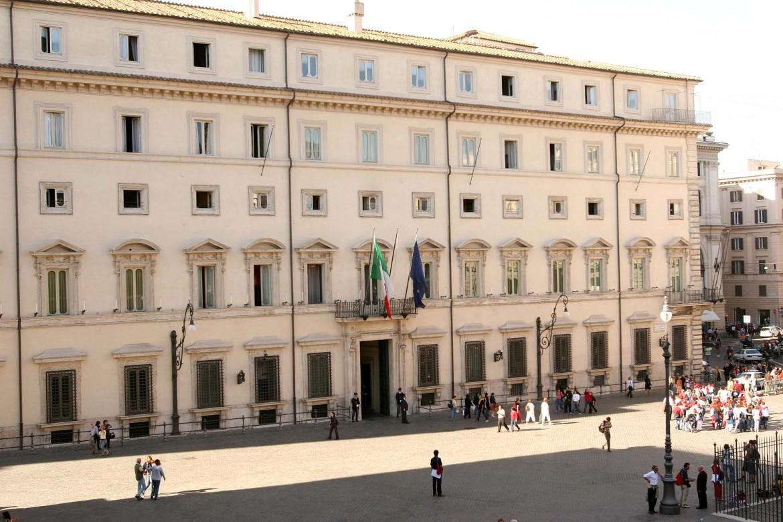 L'igresso di palazzo Chigi visto dall'alto