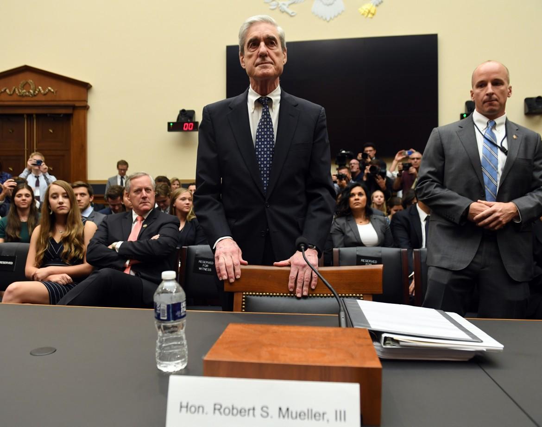 L'ex procuratore speciale Robert S. Mueller III, ieri, di fronte alla Commissione giustizia della Camera