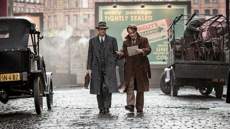 Colin Firth e Jude Law, in Max Perkins, editor of Genius,  regia di Michael Grandage, 2016