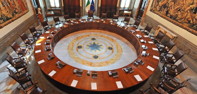 La sala del consiglio dei ministri a Palazzo Chigi