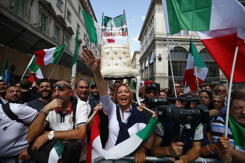La manifestazione di Fratelli d'Italia e Lega
