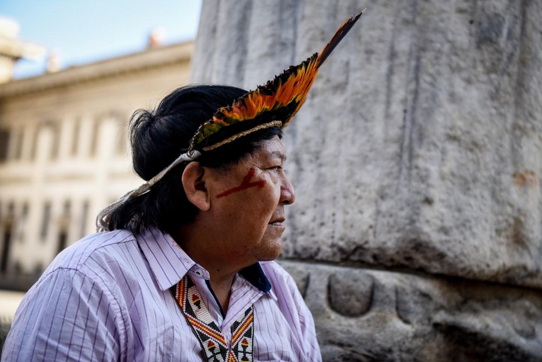 Davi Kopenawa a Milano lo scorso anno in occasione dell'uscita del suo libro «La caduta del cielo»