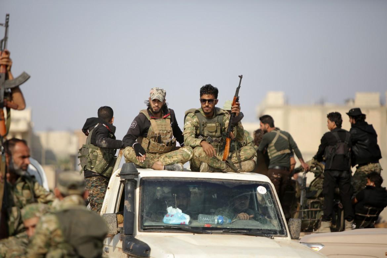 Le milizie islamiste filo-turche verso Tal Abyad