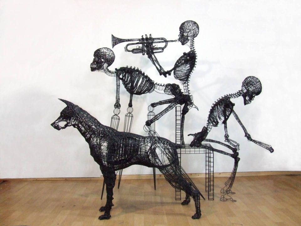 Una scultura di Yong-Won-Song